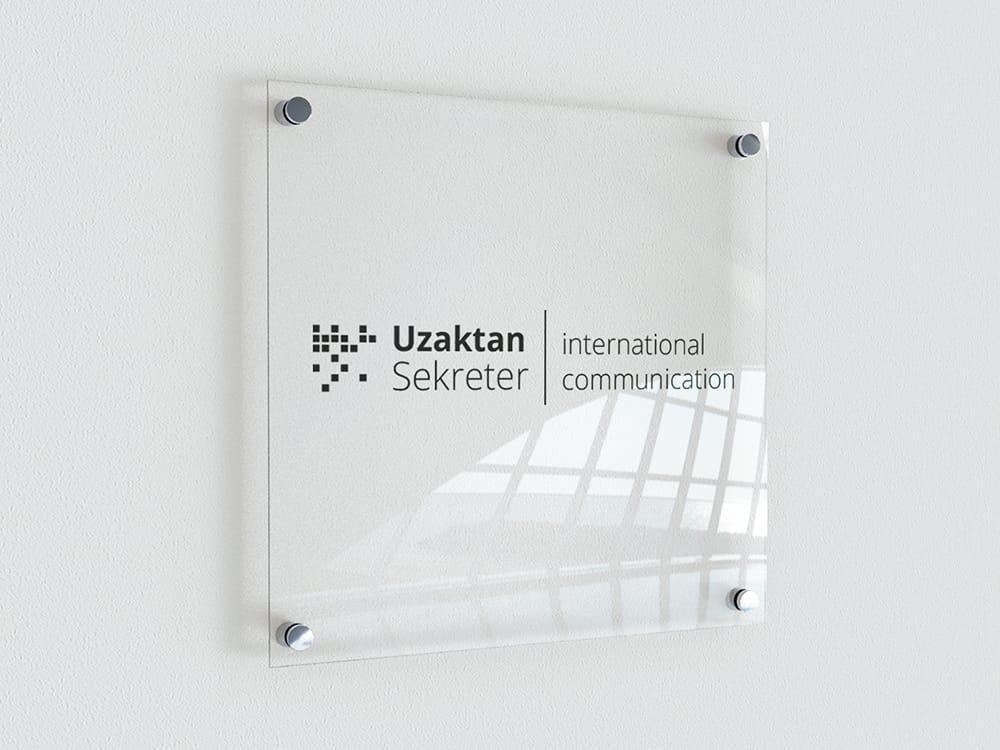 Uzaktan Sekreter Logo